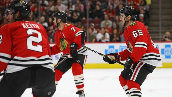 Keith, Shaw placed on injured reserve by Blackhawks