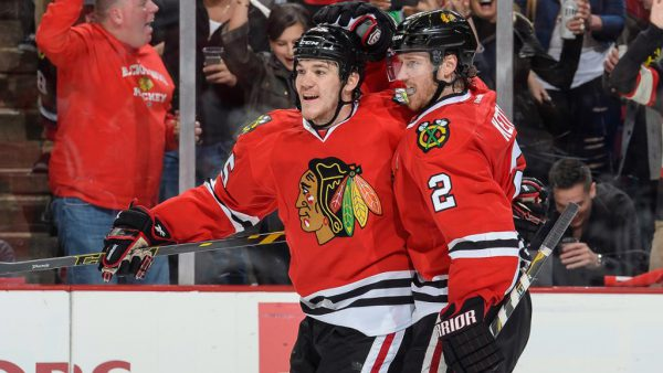 Keith, Shaw not traveling with Blackhawks for road trip