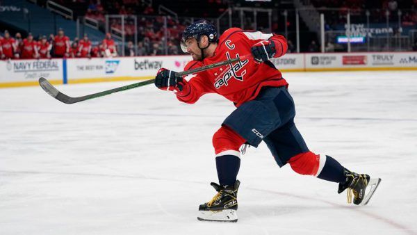 Ovechkin practices one-timer on goalie prospect at Capitals camp
